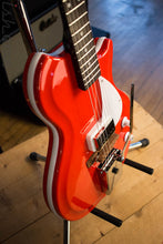 Supro 1572VPR Belmont Vibrato Single Pickup Americana Series Electric Guitar Poppy Red
