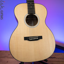 Martin 000JR-10 Acoustic Guitar