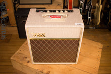 Vox AC4 Hand-Wired 4 Watt Guitar Combo Amp