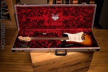 USA Fender 60th Anniversary Diamond Stratocaster Used