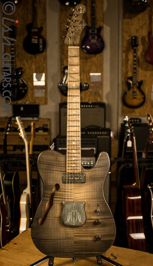 V8 Custom Guitars BarnKaster w/ Case