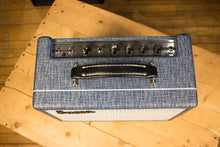 Supro 1605R Reverb 5W 1x8 Tube Guitar Combo Amp MINT
