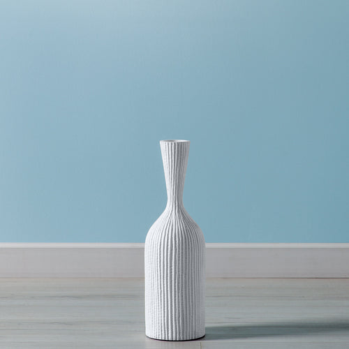 Zoro Carved Line Resin Floor Vase