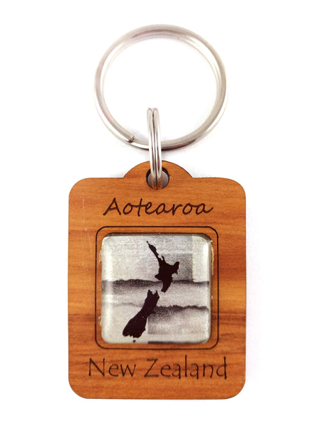 G037 Keyring - NZ Map