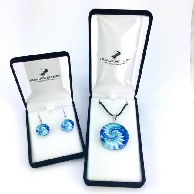 Blue Shell Pendant & Earring Set