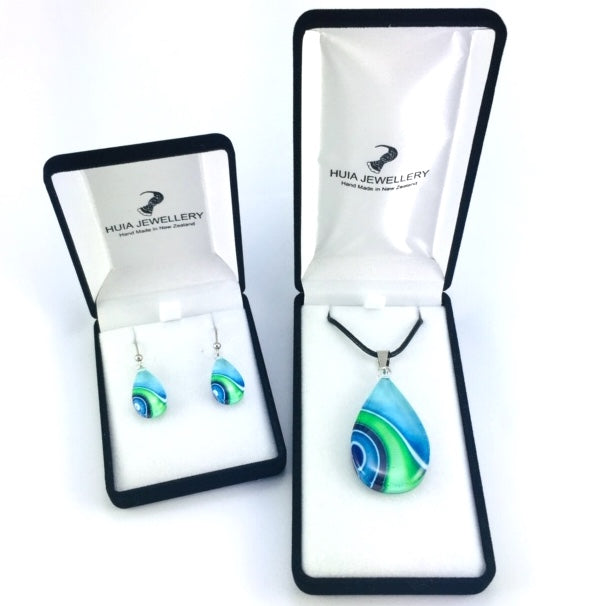 Turquoise Teardrop Ribbon Pendant & Earring Set