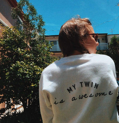 My twin is awesome sweater (White) - Twinning Store