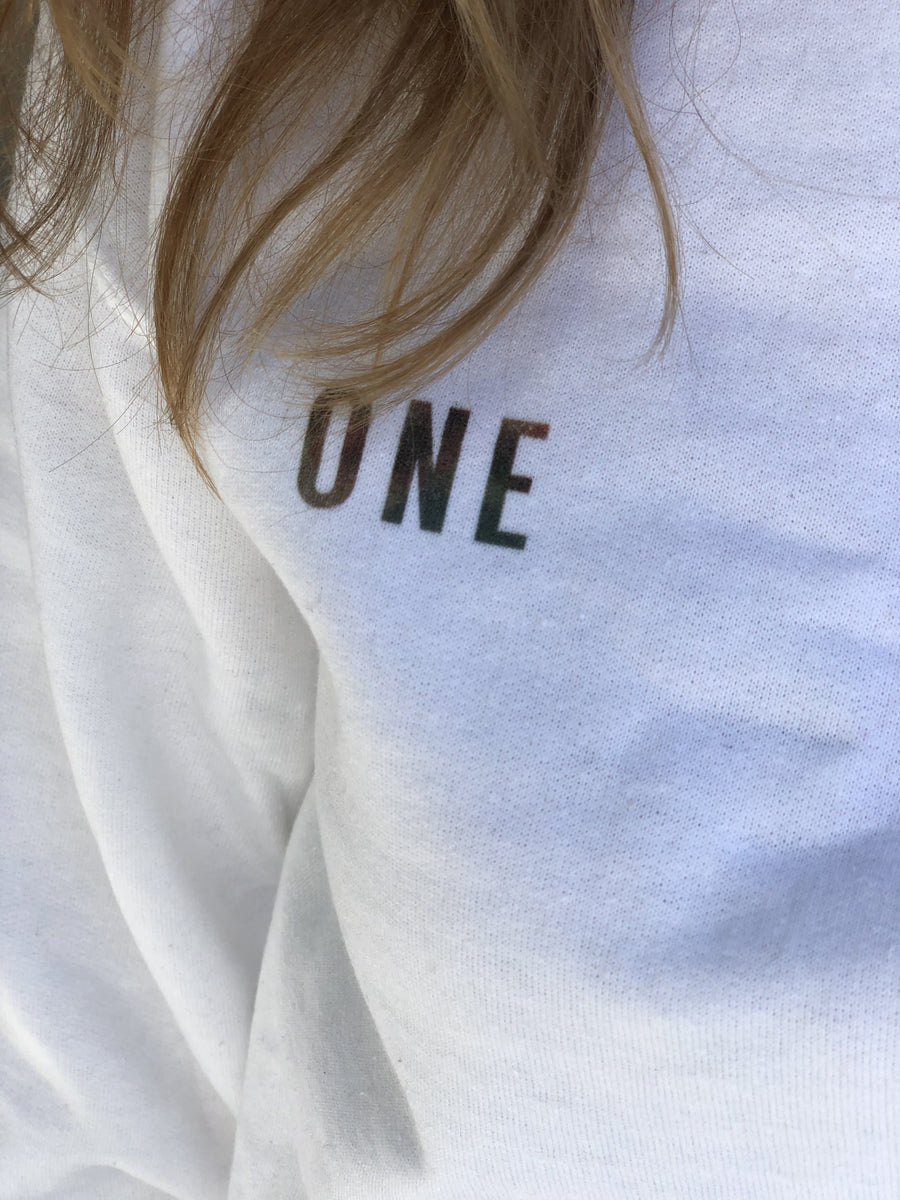 One/Twinning is Winning Sweatshirt (White( - Fashion for twins TWINNING STORE