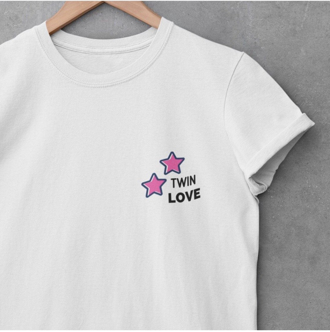 Twin Love Petite Logo t-shirt (White)