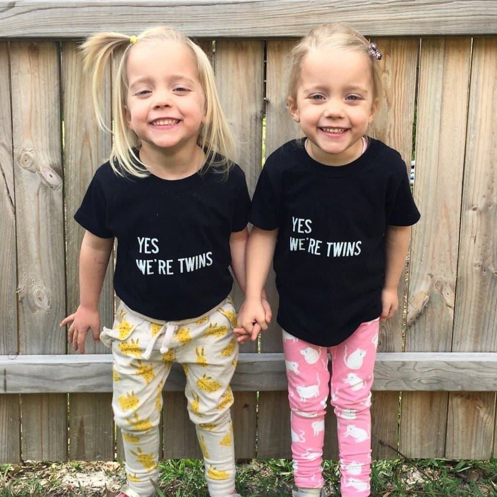 Yes We're Twins Toddler T-shirt (Black) - Twinning Store