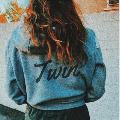 TWIN BACK PRINT HOODIE (GREY) - Fashion for twins TWINNING STORE