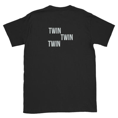 Twin Twin Twin Back Print t-shirt (Black) - Fashion for twins TWINNING STORE