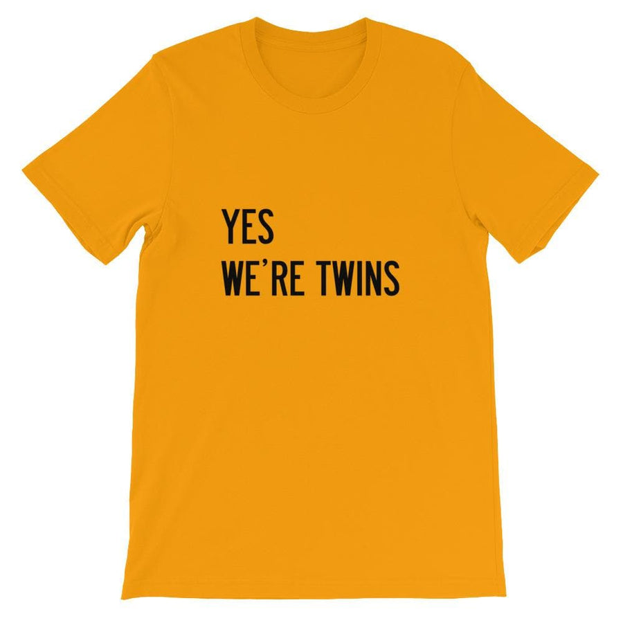 YES WE'RE TWINS T-SHIRT (GOLD) - Fashion for twins TWINNING STORE