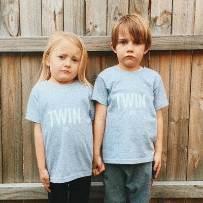 TWIN #1 PRINT TODDLER T-SHIRT (LIGHT BLUE) - Fashion for twins TWINNING STORE