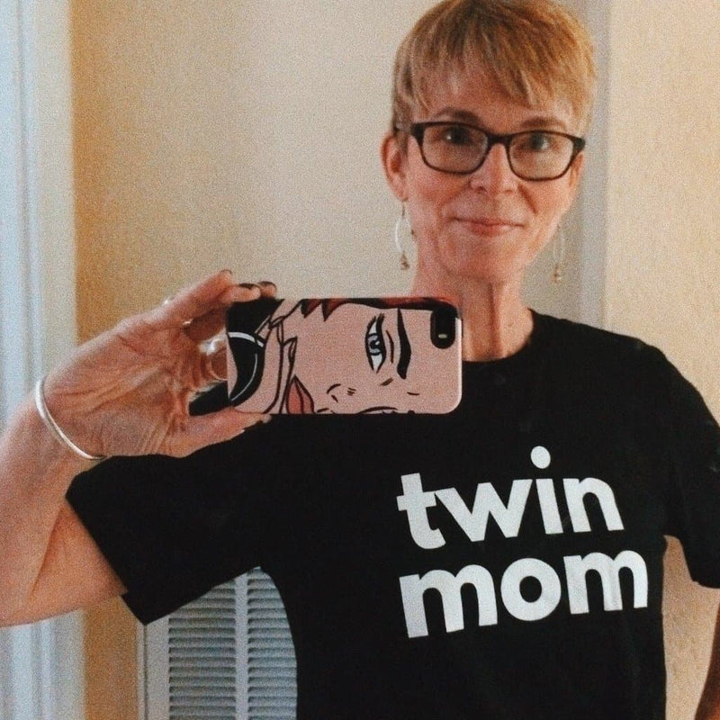 Twin Mom T-shirt (Black)