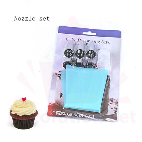 Lucky Seven Set Six Piping Nozzles & Reusable Pastry Bag