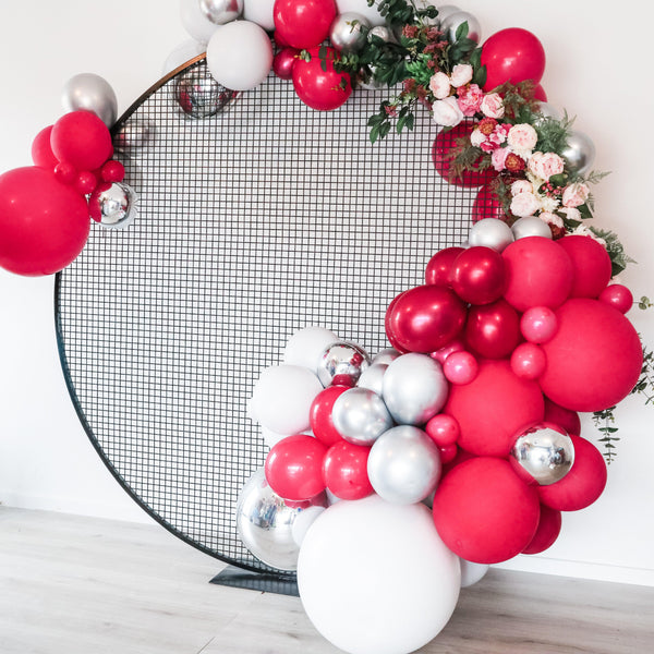 Black Mesh Circle Backdrop - Balloonies Studio