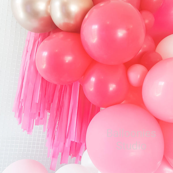 "Balloon Garland Kit ""PINK  OMBRE & ROSE GOLD "" - Balloonies Studio"