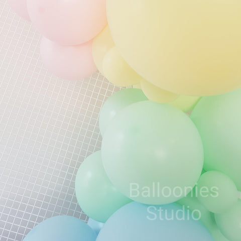 Balloon Garland Kit Pastel - Balloonies Studio