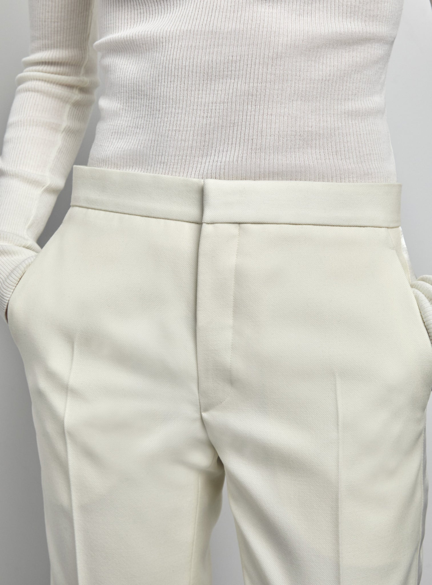 Off White Image variant:color:offwhite variant:style:trouser