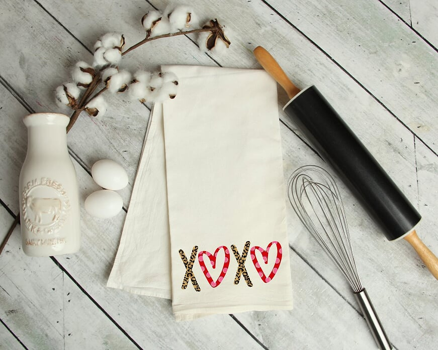 XOXO Kitchen Towel