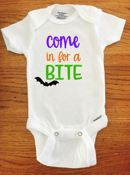 Halloween Come In For A Bite Bat ONESIE ® brand Gerber