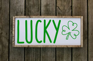 Lucky Shamrock Sign