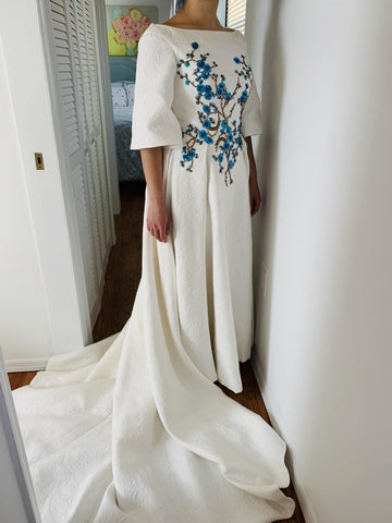Beautiful Wedding Dresses Bateau Embroidery Romantic Half Sleeve Bridal Gown JKW345