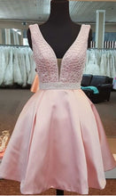 Beautiful Homecoming Dress Straps Pink Beading Short Prom Dress Party Dress JK460