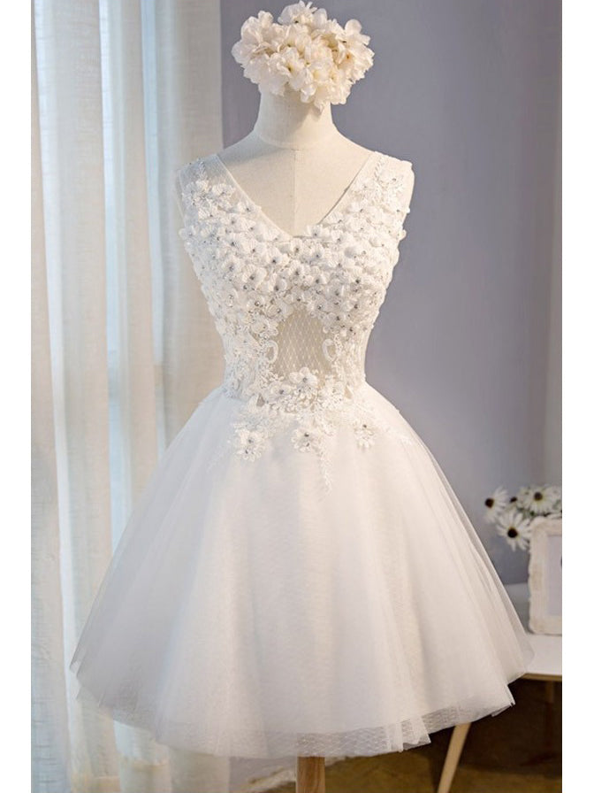 1d5a678627c Cute Homecoming Dress V-neck A-line Lace White Tulle Short Prom Dress Sexy