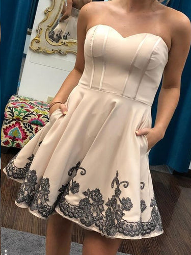 Simple Homecoming Dresses Aline Black Appliques Short Prom Dress Cheap Party Dress JK876|Annapromdress