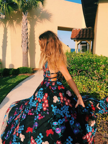 Chic Embroidery Floral V-Neck Long Prom Evening Dress JKA018|Annapromdress
