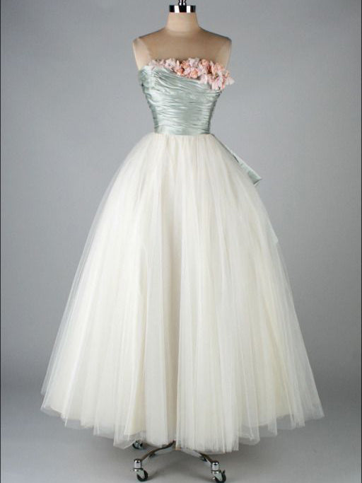 where can i get a vintage prom dress