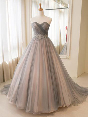 Chic Prom Dresses Sweetheart Ball Gown Floor-length Prom Dress/Evening Dress JKL145