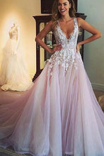 Beautiful Prom Dresses A-line Sweep/Brush Train Tulle Applique Long Prom Dress/Evening Dress JKL187