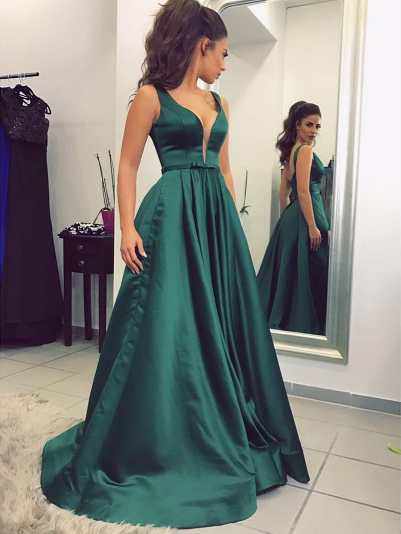 Chic Prom Dresses V Neck A Line Floor Length Dark Green Prom Dress