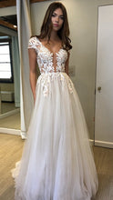 Sexy Prom Dresses Ivory Appliques Floor-length Tulle Prom Dress/Evening Dress JKL302