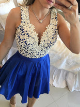 Royal Blue Prom Dresses A-line Floor-length Lace Sexy Prom Dress/Evening Dress JKL430