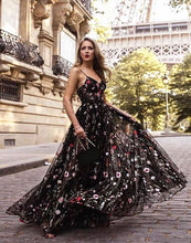 Black Prom Dresses Spaghetti Straps Floor-length Sexy Long Lace Prom Dress JKL793|Annapromdress