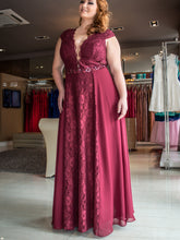 Burgundy Plus Size Prom Dresses V-neck Sexy Lace Long Prom Dress JKP014