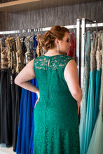 Hunter Green Plus Size Prom Dresses Scoop Lace Floor-length Long Prom Dress JKP015