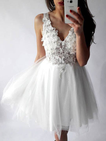 White Sexy Homecoming Dress V-neck Appliques Short Prom Dress Party Dress JKS070