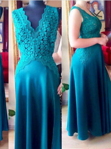 Chic Prom Dresses V-neck A-line Appliques Floor-length Lace Prom Dress/Evening Dress JKS141