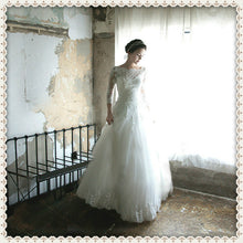 Beautiful Wedding Dresses A-line Floor-length Ivory Tulle Bridal Gown JKS150