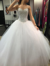 Beautiful Wedding Dresses Sweetheart Ball Gown Beading Ivory Tulle Bridal Gown JKS230