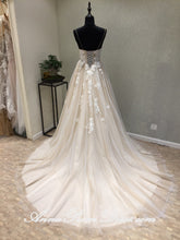 Beautiful Wedding Dresses A-line Brush Train Spaghetti Straps Long Sexy Lace Bridal Gown JKS274