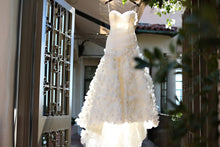 2017 Wedding Dresses One Shoulder Hand-Made Flower Ivory Trumpet/Mermaid JKW007