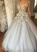 Chic Wedding Dresses Sexy Spaghetti Straps Silver Beading Tulle Bridal Gown JKW088