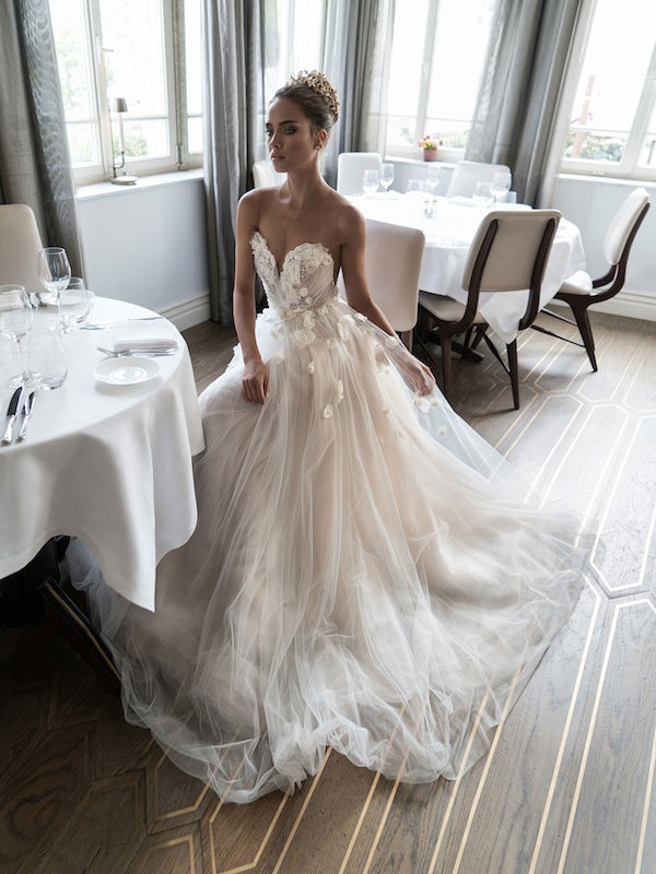 Beautiful Wedding Dress.Beautiful Wedding Dresses A Line Scoop Hand Made Flower Beading Sexy Bridal Gown Jkw128