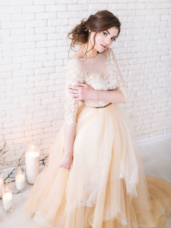 Lace Wedding Dresses A-line Scoop Sweep/Brush Train Sexy Bridal Gown JKW132